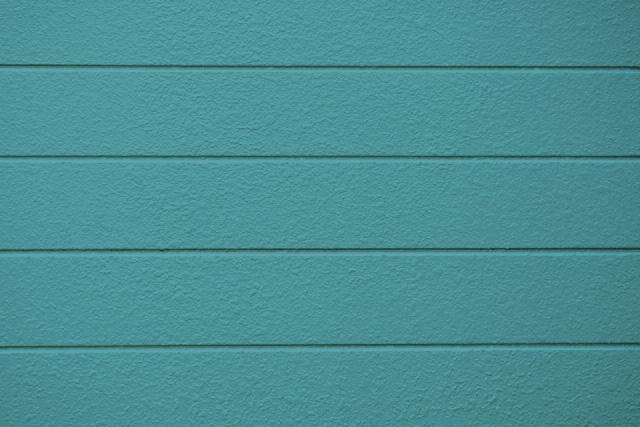 鮮やかなブルーにグレーを混ぜた色のイメージ